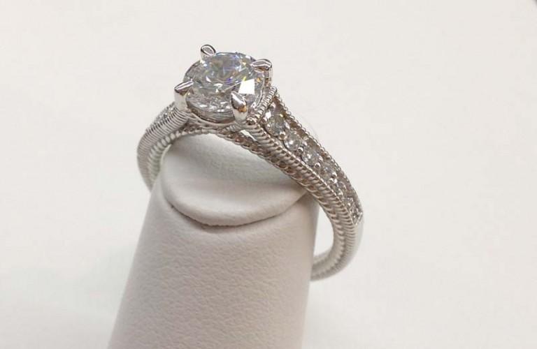 Engagement Ring E1010