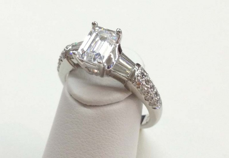 Engagement Ring E1019