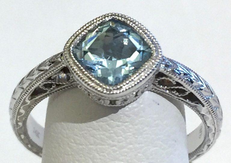 Aquamarine and Gold Ring R1132