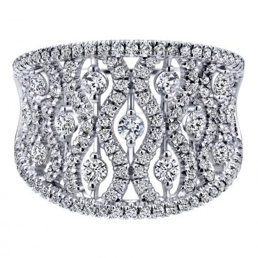 Diamond and Gold Ring R1138