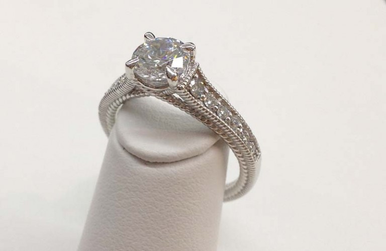 Engagement Ring E1010