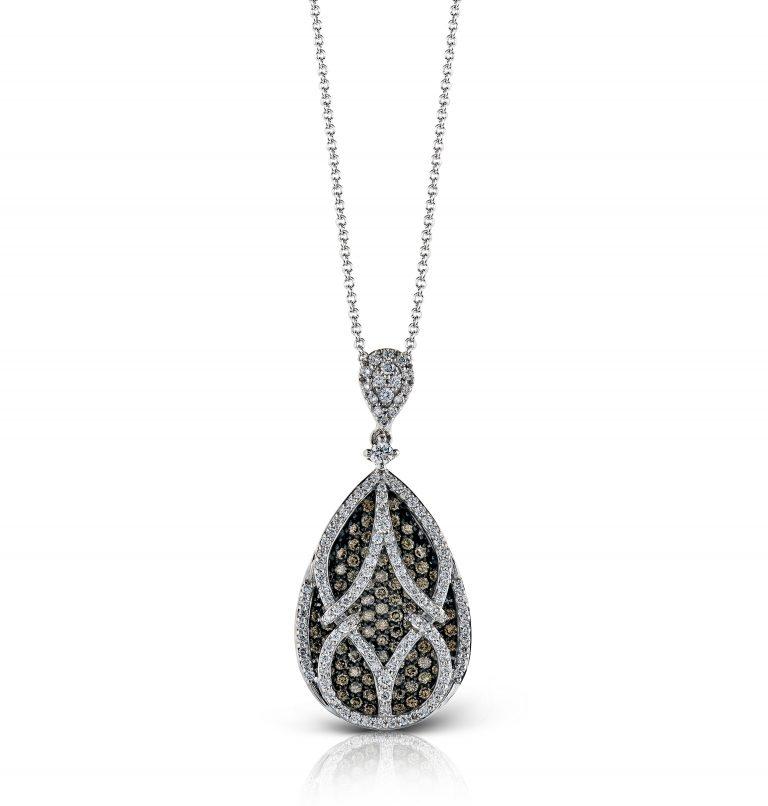 Gold and Diamond Pendant P1062