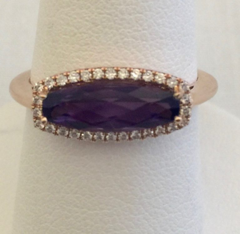 Gold, Diamond and Amethyst Ring R1036